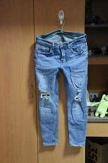🚚 Zara牛仔破褲