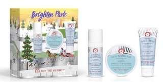 First Aid Beauty FAB Brighten Park 超值 聖誕套裝