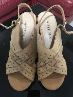 女裝船底涼鞋 Shoes