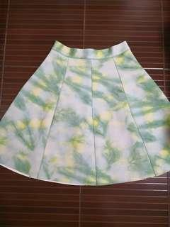 Plains and prints green painted skirt