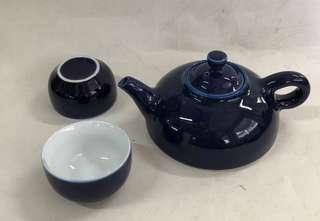 Vintage Monochrome Glaze Porcelain Teapot with 2 Teacups