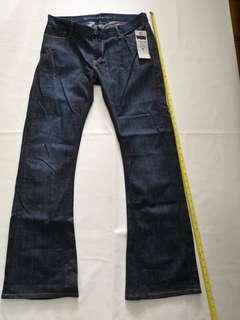 全新 Levi's 牛仔褲