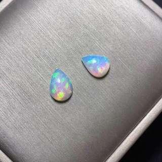 天然炫彩水滴opal, 8x11mm左右,顏色很美火彩相當好,$8xx一顆,可代鑲嵌。Instagram Shop : Jewellerysea