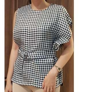 Day and Night checkered top