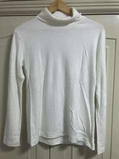 Uniqlo turtle neck shirt size XL white