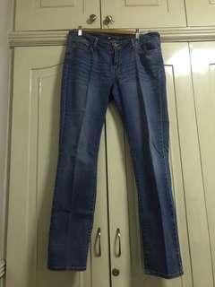 Levi's jeans slight rise size 14