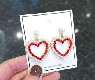 (Free pos 3 pairs & above) Korean design love heart shape pearl earrings