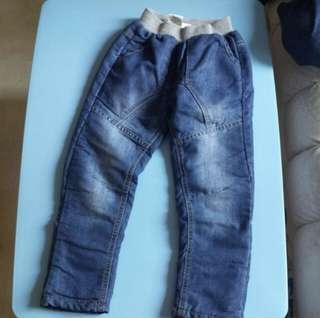Jeans 毛絨內膽牛仔褲