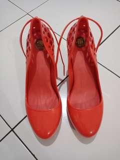 Melissa shoes -- stop jualan dulu ya,  lagi packing pindahan