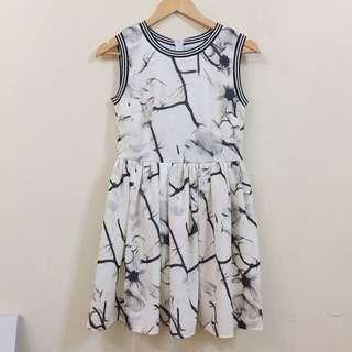 White and Black mixed color dress!