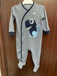 全新灰色恐龍🦕Next baby 棉質包腳長袖夾衣(6-9m) 送平郵