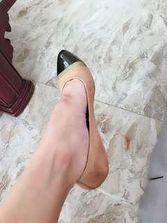 Excellent condition Authentic Givenchy colorblock pointed flats - 38.5 - ballet so best fits 7-7.5 - P6,000