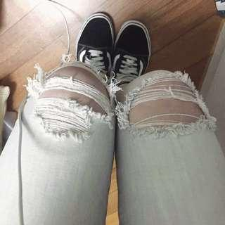 AEO distressed mid rise jegging ankle (OP: 390:))