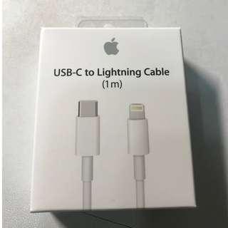 全新未拆封 USB-C 對 Lightning 連接線 (1 公尺) 官網購入