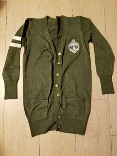 軍綠色外套 (全新)