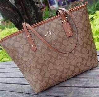 Authentic Coach Tote Reversible From US!!