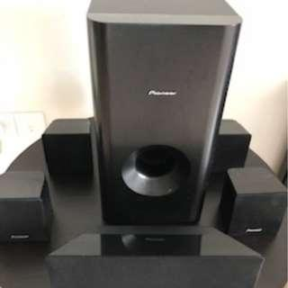 Pioneer Blue Ray & DVD Player with Speakers and sub Woofer