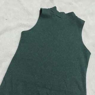 Green Turtle-neck bodycon dress