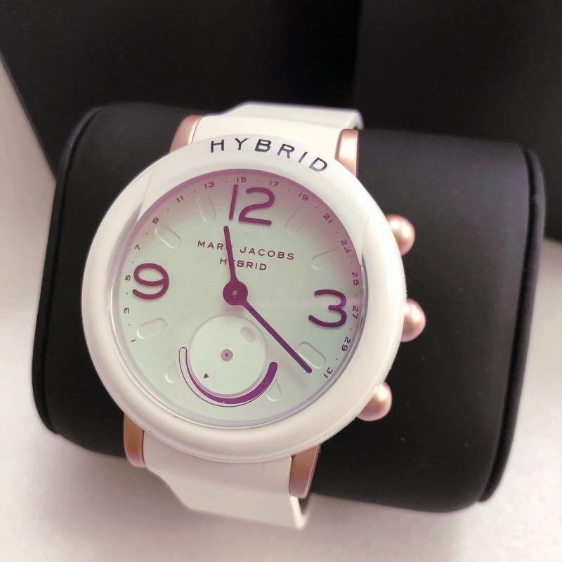 ab341f4c5 BNIB Marc Jacobs Riley Hybrid Smartwatch