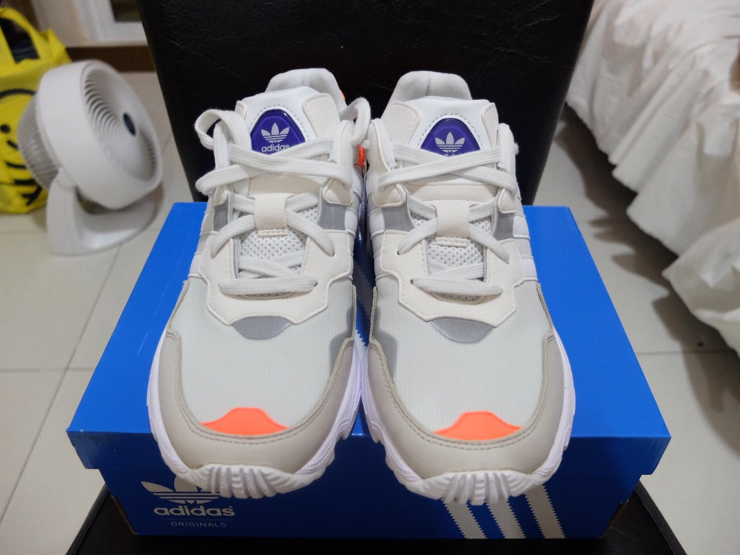 newest 6cd4d 902e8 Adidas Yung-96 Crystal White, Men s Fashion, Footwear, Sneakers on Carousell
