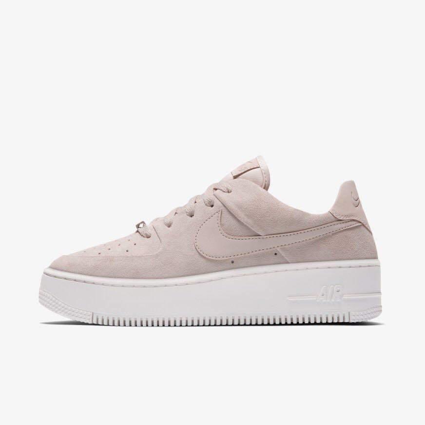 Nike Air Force 1 Sage Low in Nude