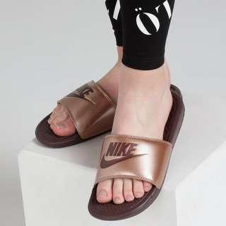"Nike Women's Benassi ""Just Do It"" Slide"