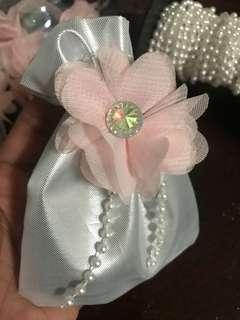 30pcs ! Silver drawstring with organza flowers attached