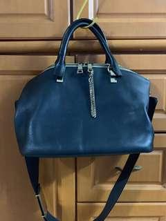 Authentic chloe bag,85%new,good conditions as pic,siz  20.5 X 34 X 14 (cm) e