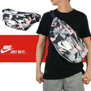 Nike Sportswear Tech Printed Hip Pack / Sling Bag