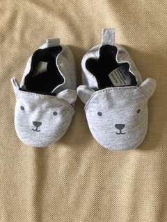 Sepatu bayi H&M Prewalker