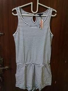 💜 NEW Jumpsuit Black White Stripes