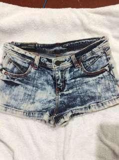 Sexy faded shorts