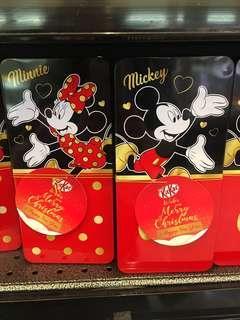 *preorder* Christmas Kit Kat Disney tins