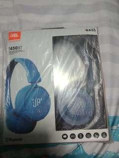 BNIB JBL T450BT HeadPhones