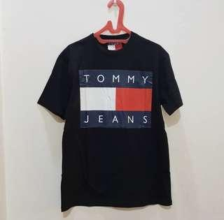 [FINAL PRICE] TOMMY JEANS TSHIRT ORIGINAL