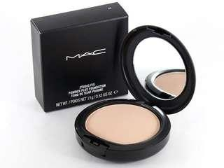 Mac nw25 comes with box and bag genuine from Mecca city