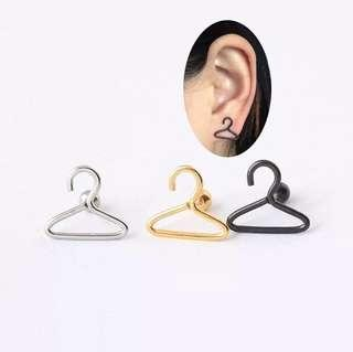 🚚 造型衣架耳環