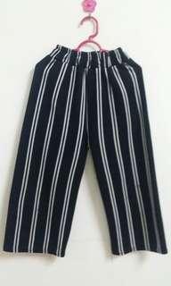 Stripes Culottes girl