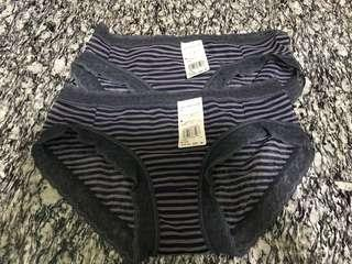 Une Nana Cool Grey stripped lace panties