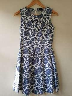 Pre-loved Zalora Sleeveless Floral Dress