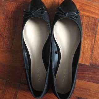 Contrasting tip Ballerina Flats Black