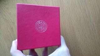 Omega紙盒