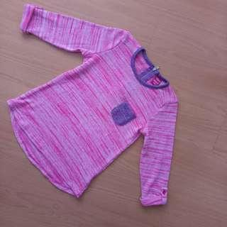 Pink longsleeve round neck shirt