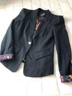 🚚 Poupine 法國娃娃-修身西裝外套