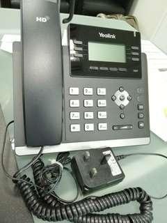 ***[LIKE NEW] YEALINK VoIP / internet phone