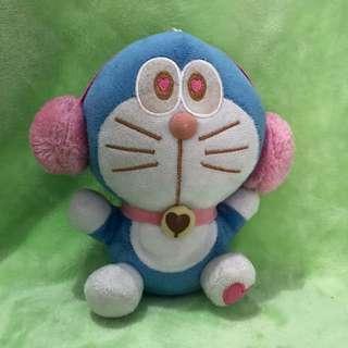 Boneka tempel Doraemon