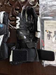 Komine titanium racing gloves