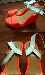 Wedges orange linetty