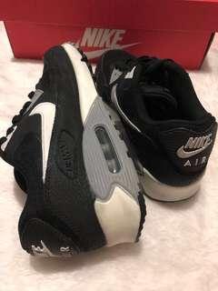 Authentic Nike Airmax 90 Essential