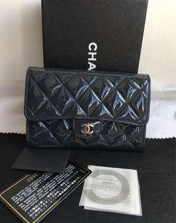 Chanel (深藍色零錢短夾)🙋全配!送禮自用皆宜~(特惠價!)